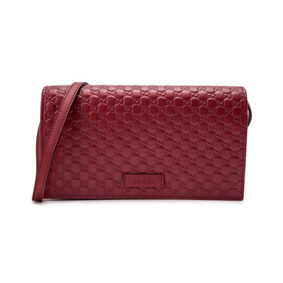 64a64f18927edf Gucci Handbags - GUCCI New MicroGuccissima crossbody in red!